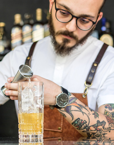 The Ultimate Bartending & Mixology Course